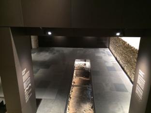 07-grigio-14-museum-brescia.jpg